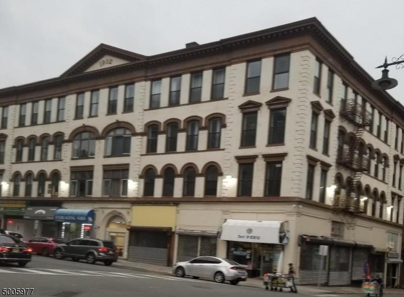 상업용 용 매매 에 Paterson, 뉴저지 07504 미국