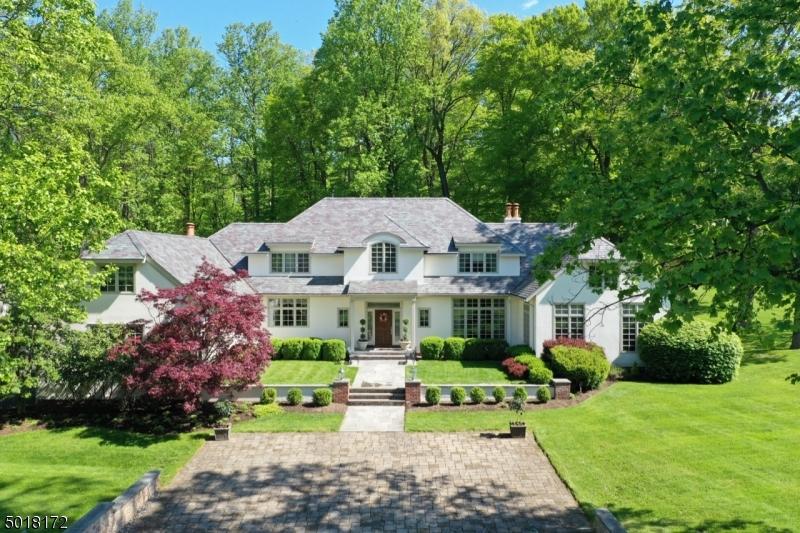 Single Family Homes 为 销售 在 伯纳兹维尔, 新泽西州 07924 美国