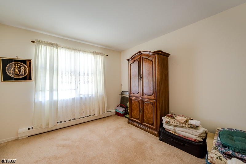 Additional photo for property listing at 20 Beech Street  Stanhope, New Jersey 07874 United States
