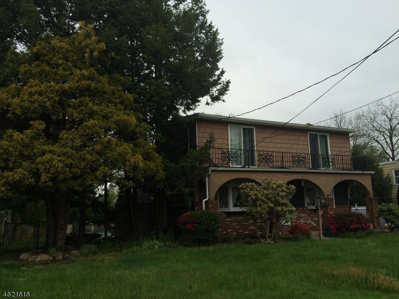 Additional photo for property listing at 492 Raritan Road  Clark, New Jersey 07066 États-Unis