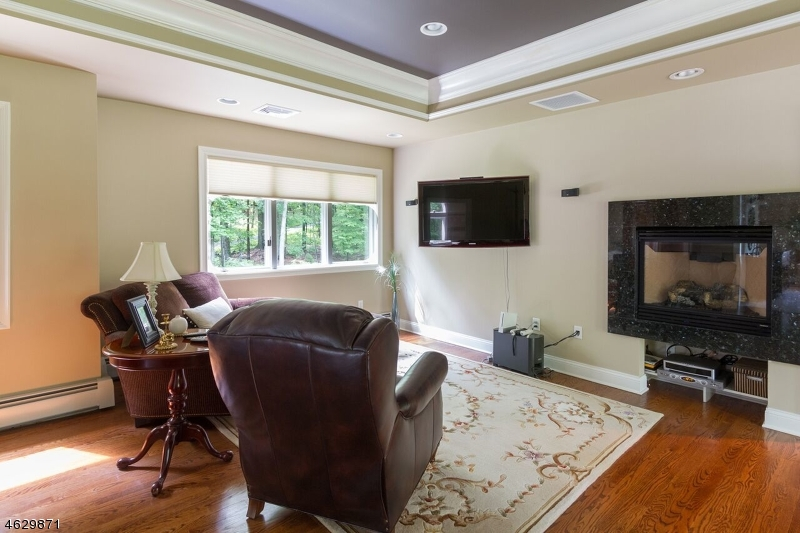 Additional photo for property listing at 230 E Mill Road  Long Valley, New Jersey 07853 United States