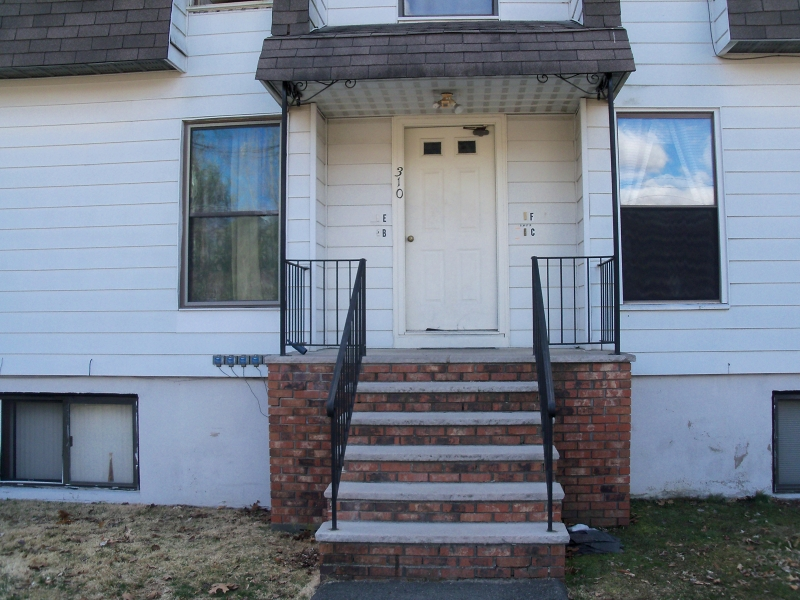 Additional photo for property listing at 310C S. Lakeshore  Montague, Нью-Джерси 07827 Соединенные Штаты