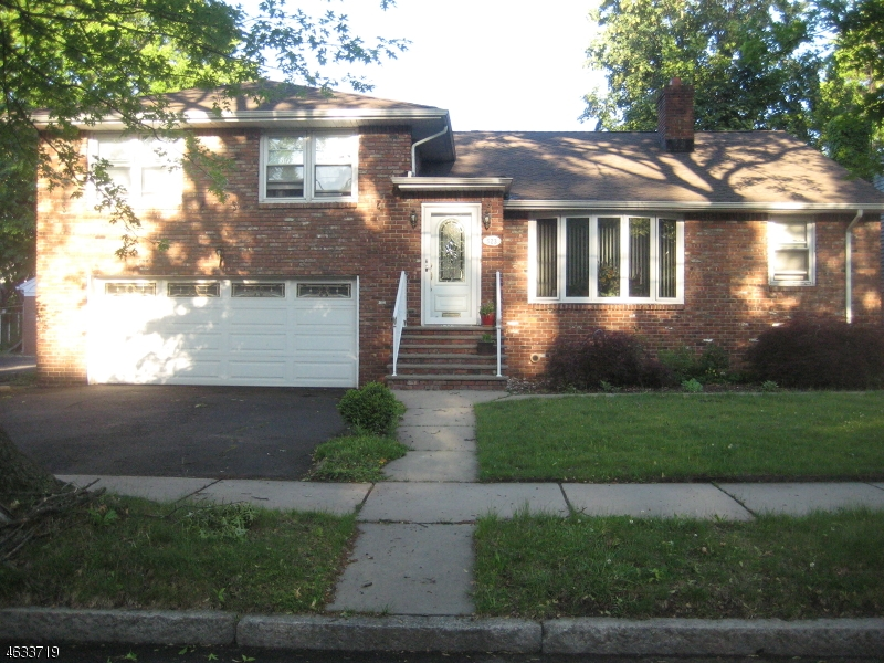 Additional photo for property listing at 523-525 HIGHLAND Avenue  Newark, Нью-Джерси 07104 Соединенные Штаты