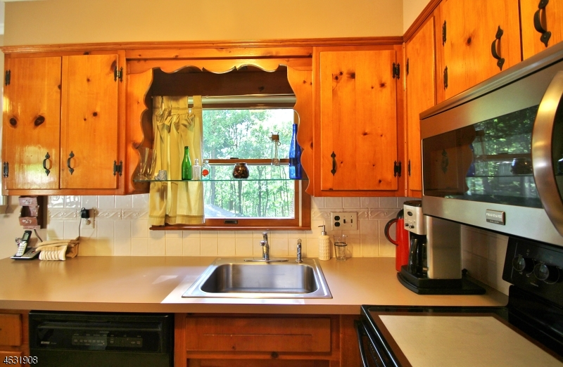 Additional photo for property listing at 508 Maxim Drive  Andover, New Jersey 07821 États-Unis