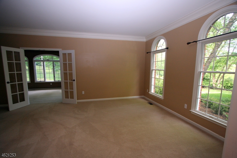 Additional photo for property listing at 10 Willever Road  Asbury, Nueva Jersey 08802 Estados Unidos