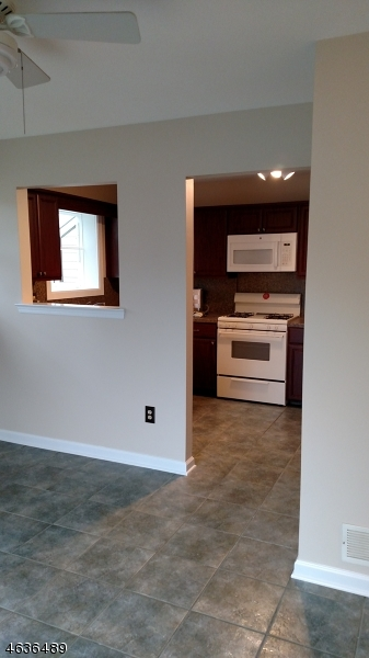 Additional photo for property listing at 1 HOPE Court  Flemington, Nueva Jersey 08822 Estados Unidos