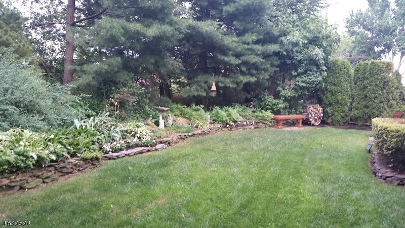 Additional photo for property listing at 15 UPDIKE Avenue  Hillsborough, New Jersey 08844 États-Unis