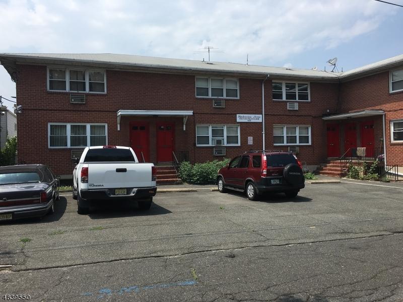 Частный односемейный дом для того Продажа на Address Not Available North Bergen, 07047 Соединенные Штаты