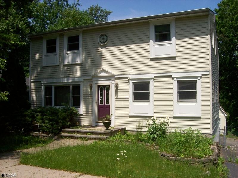 Casa Unifamiliar por un Venta en 67 Brookwood Drive Stanhope, Nueva Jersey 07874 Estados Unidos