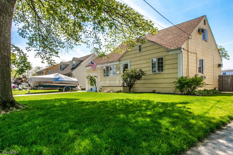 Additional photo for property listing at 614 Inwood Road  Linden, New Jersey 07036 États-Unis