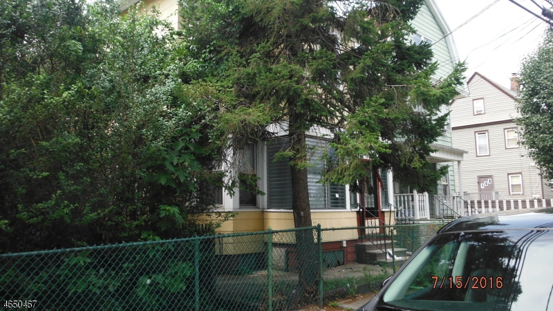 Additional photo for property listing at 101 LITTLE Street  Belleville, Нью-Джерси 07109 Соединенные Штаты