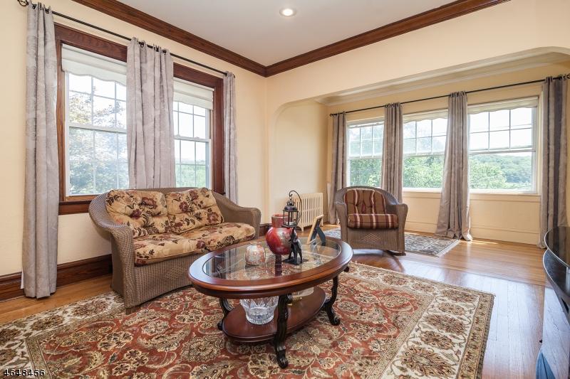 Additional photo for property listing at 491 Mount Pleasant Avenue  West Orange, Нью-Джерси 07052 Соединенные Штаты