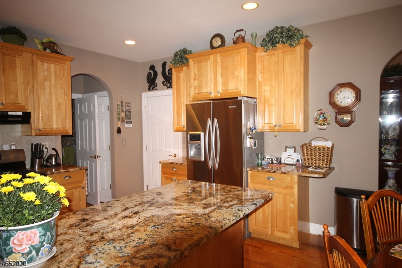 Additional photo for property listing at 3 Ottawa Lane  Newton, New Jersey 07860 États-Unis