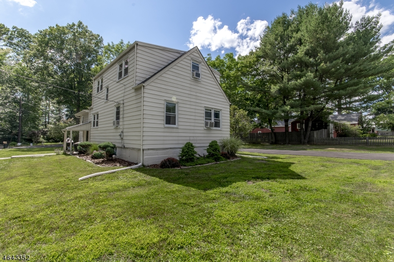 Additional photo for property listing at 9 Jacksonville Drive  Parsippany, Nueva Jersey 07054 Estados Unidos