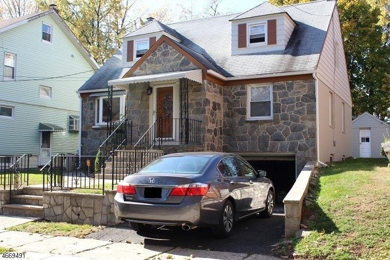 独户住宅 为 销售 在 Address Not Available 罗塞尔, 07203 美国