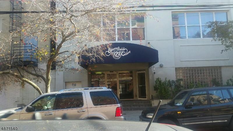 Частный односемейный дом для того Продажа на 223 Bloomfield Street Hoboken, Нью-Джерси 07030 Соединенные Штаты