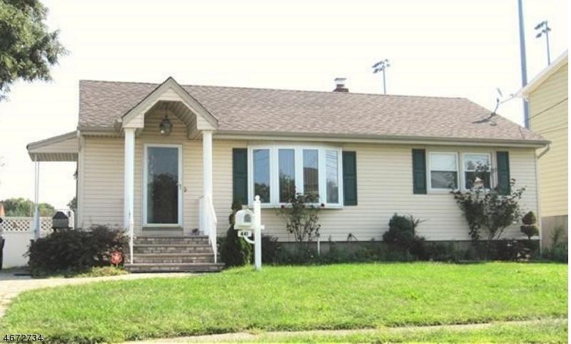 独户住宅 为 销售 在 441 Steinway Road 德尔布鲁克, 07663 美国