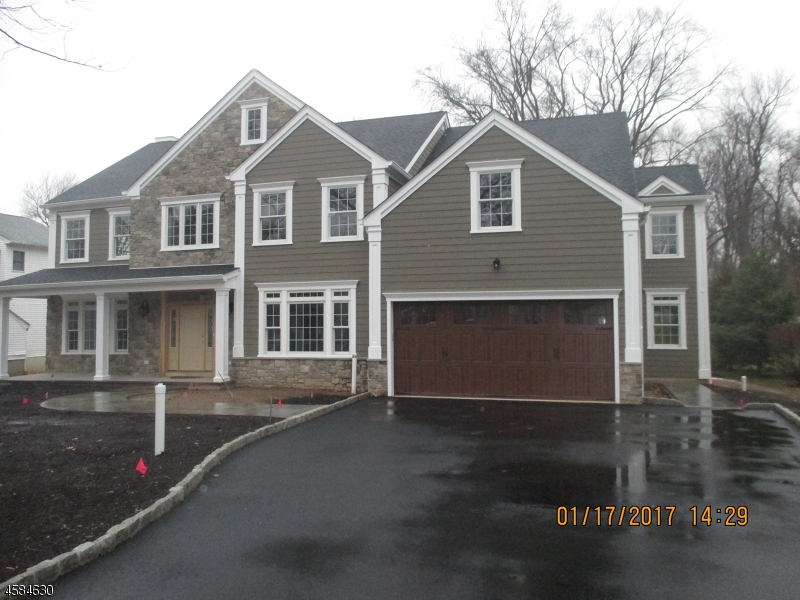 Single Family Home for Sale at 9 Roosevelt Blvd Florham Park, New Jersey 07932 United States