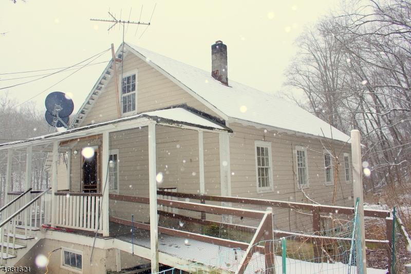 独户住宅 为 出租 在 94-B Route 46 哈克特斯镇, 07840 美国