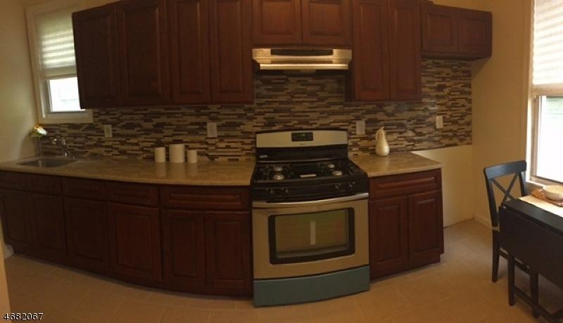 多户住宅 为 销售 在 277 Conklin Avenue Hillside, 07205 美国
