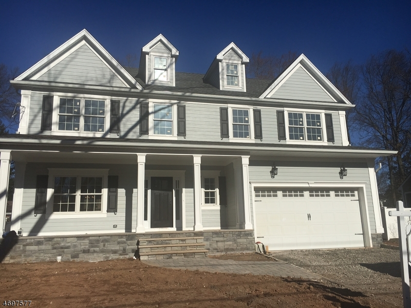 Casa Unifamiliar por un Venta en 86 MEADOW ROAD Clark, Nueva Jersey 07066 Estados Unidos