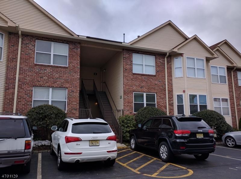 独户住宅 为 出租 在 5 Claire Court 东汉诺威, 新泽西州 07936 美国