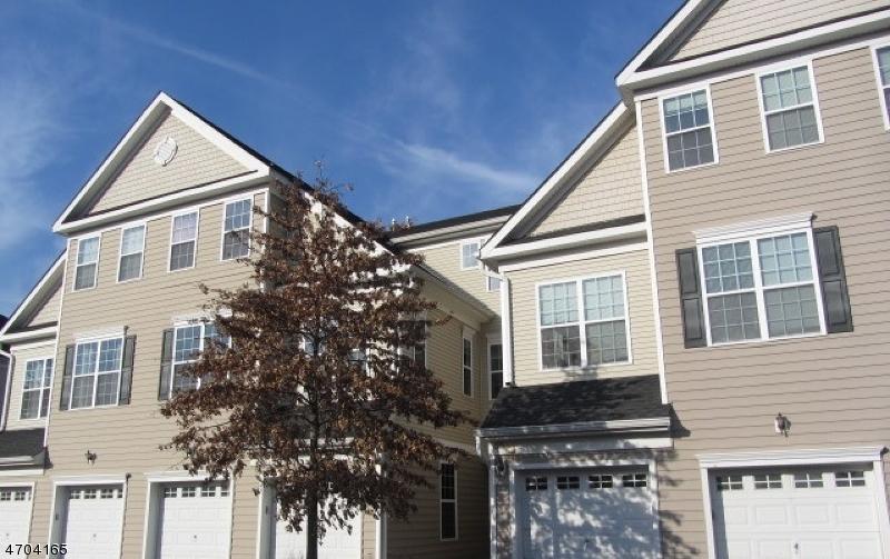 Частный односемейный дом для того Продажа на 67 Swing Bridge Lane South Bound Brook, 08880 Соединенные Штаты