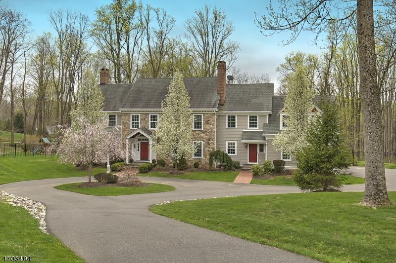 Villa per Vendita alle ore 95 Fairmount Rd E Califon, New Jersey 07830 Stati Uniti