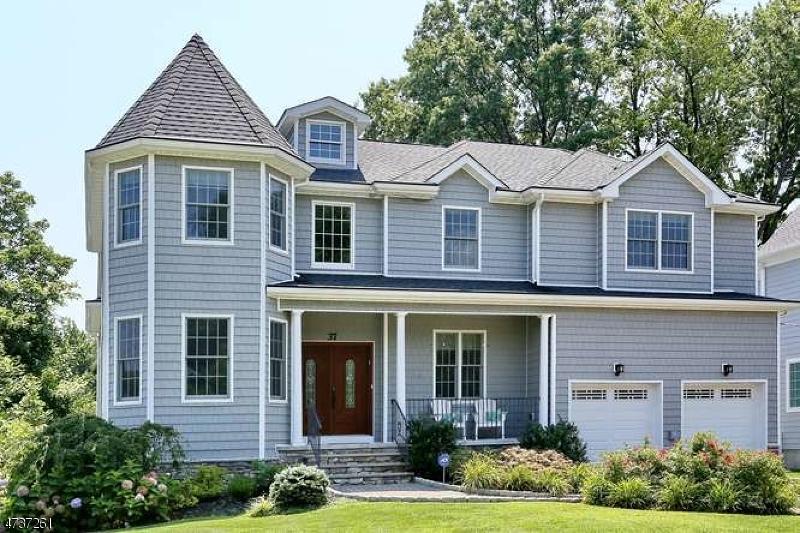 Maison unifamiliale pour l Vente à 37 E Gramercy Place Glen Rock, New Jersey 07452 États-Unis