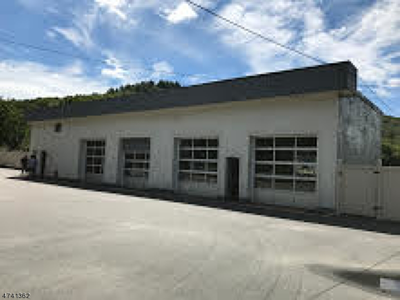Commercial for Sale at 21 Route 206 South Sandyston, 07826 United States