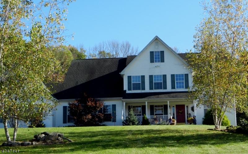 Maison unifamiliale pour l Vente à 4 Woodward Ter Independence Township, New Jersey 07840 États-Unis