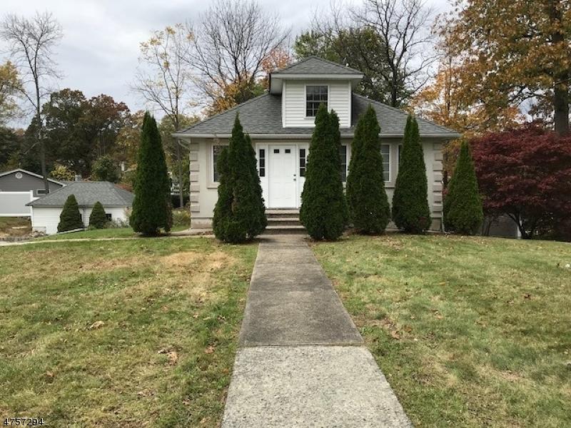 Casa Unifamiliar por un Alquiler en 25 Center Street Butler, Nueva Jersey 07405 Estados Unidos