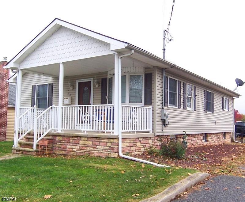 Частный односемейный дом для того Продажа на 780 South Blvd Alpha, Нью-Джерси 08865 Соединенные Штаты