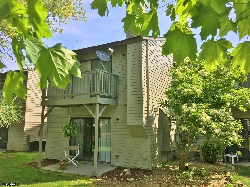 独户住宅 为 出租 在 207 Spruce Hills Drive Glen Gardner, 新泽西州 08826 美国