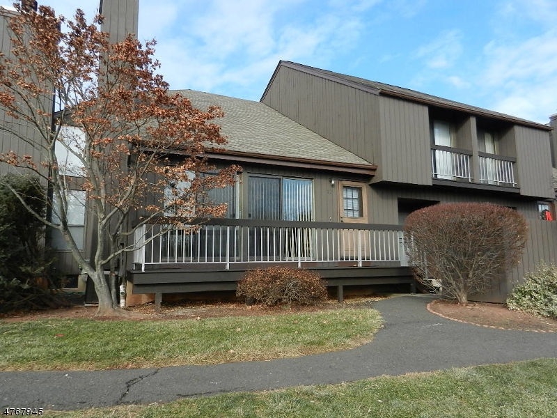 独户住宅 为 出租 在 31-22 BLOOMINGDALE Drive 希尔斯堡, 新泽西州 08844 美国
