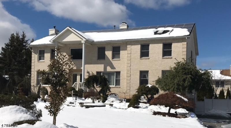 Casa Unifamiliar por un Venta en 11 Natalie Court East Hanover, Nueva Jersey 07936 Estados Unidos