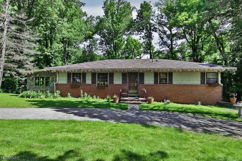 Tek Ailelik Ev için Satış at 24 Kakeout Road Butler, New Jersey 07405 Amerika Birleşik Devletleri