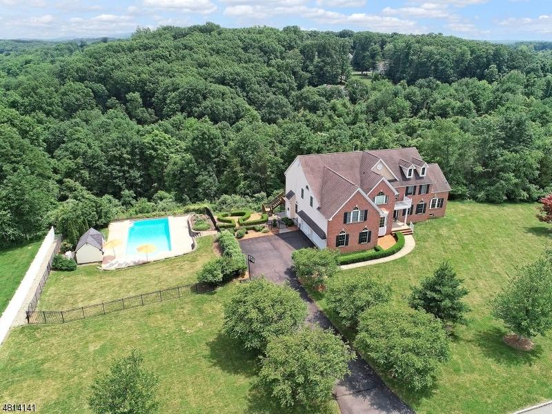 独户住宅 为 销售 在 22 Hill and Dale Drive Union, 新泽西州 08867 美国