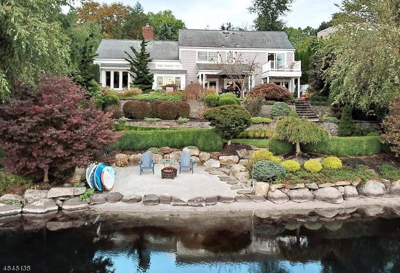 獨棟家庭住宅 為 出售 在 912 PINES LAKE Drive Wayne, 新澤西州 07470 美國