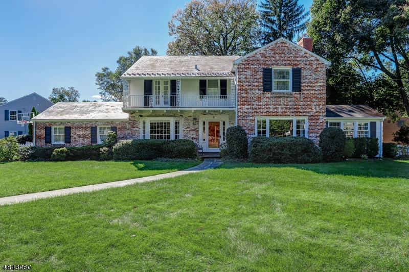 Single Family Home for Sale at 17 GREAT OAK DR 17 GREAT OAK DR Millburn, New Jersey 07078 United States