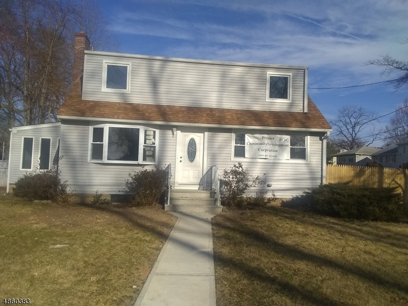 Single Family Home for Sale at 1315 SLOANE BLVD 1315 SLOANE BLVD Plainfield, New Jersey 07060 United States