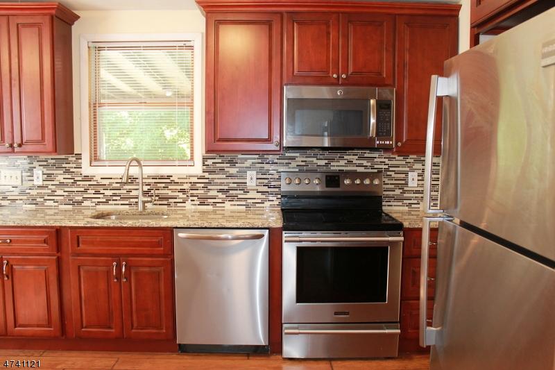 Vivienda unifamiliar por un Alquiler en 31 Berkshire Valley Road Roxbury Township, Nueva Jersey 07847 Estados Unidos