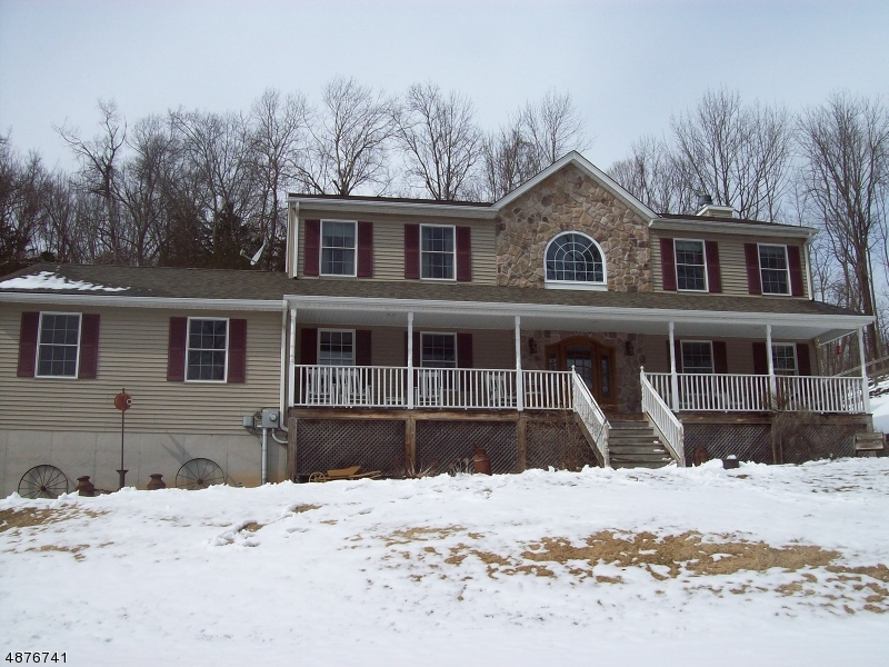 Single Family Home for Sale at 12 CORK HILL Road Ogdensburg, New Jersey 07439 United States