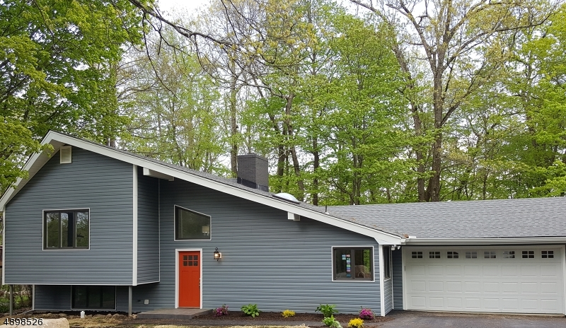 Частный односемейный дом для того Продажа на Vernon, Нью-Джерси 07422 Соединенные Штаты