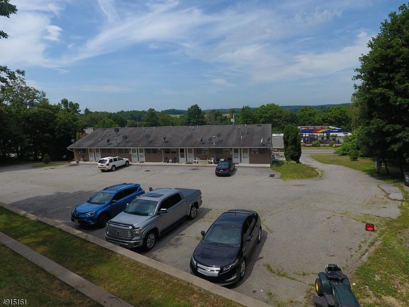 Additional photo for property listing at  Hamburg, Nova Jersey 07419 Estados Unidos