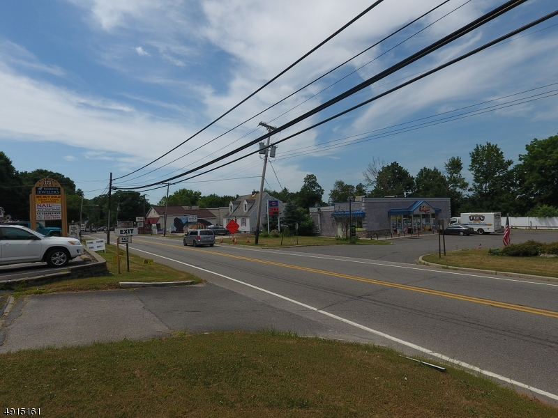 Additional photo for property listing at 175 ROUTE 23 Hamburg, Nova Jersey 07419 Estados Unidos