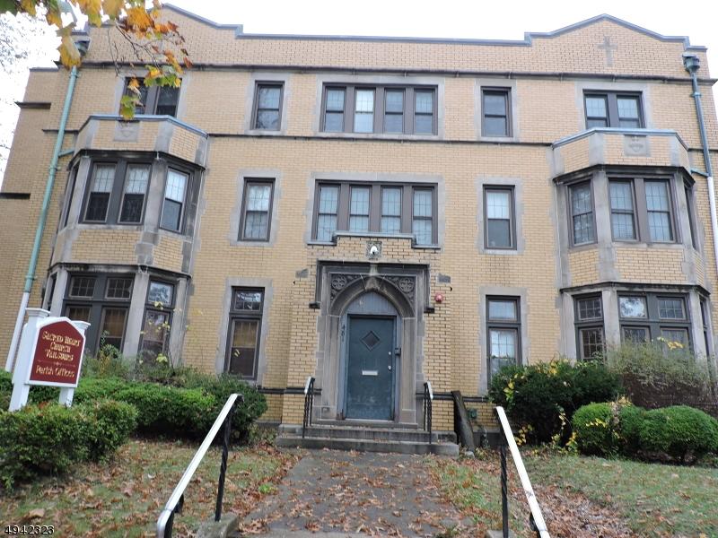 Single Family Homes por un Alquiler en Newark, Nueva Jersey 07106 Estados Unidos