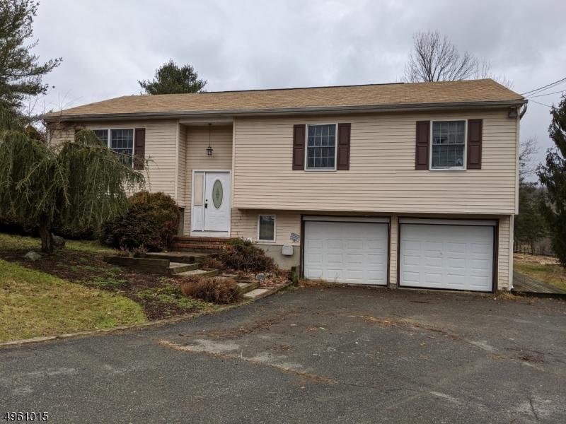 Single Family Homes для того Продажа на Liberty Township, Нью-Джерси 07838 Соединенные Штаты