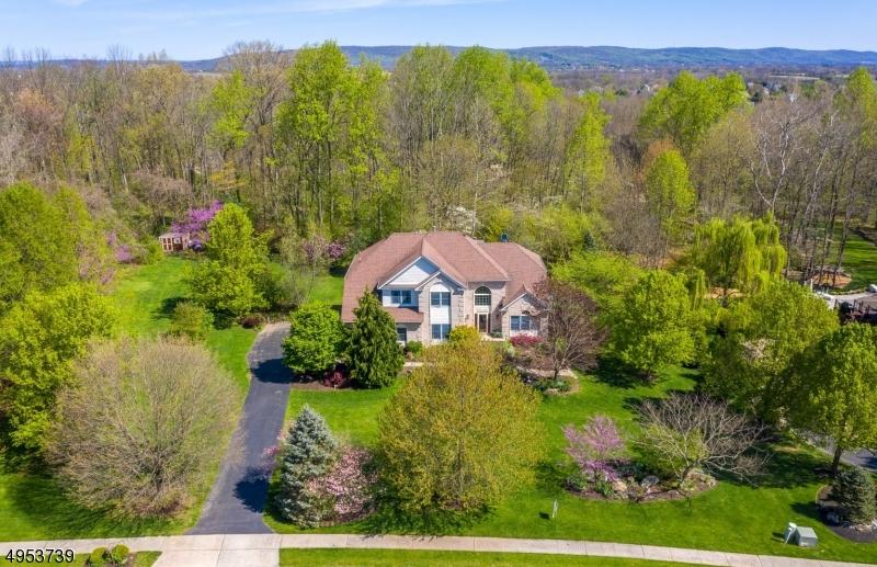 Single Family Homes 为 销售 在 Greenwich, 新泽西州 08804 美国