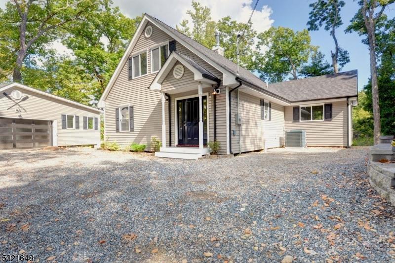 Single Family Homes für Verkauf beim Byram Township, New Jersey 07821 Vereinigte Staaten